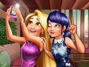 Prensesler Selfie Pozu